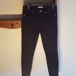 GOOD AMERICAN black Good Legs Jeans. 10